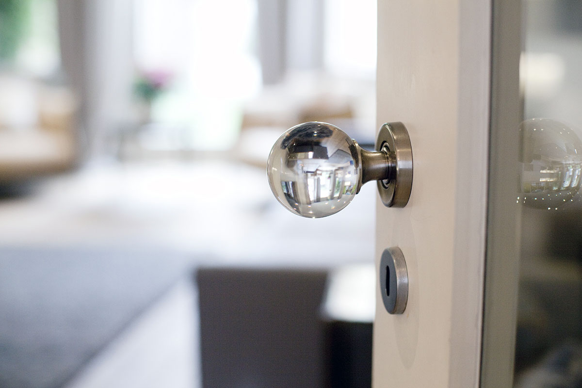 interior door knob detail | aniphotography.com