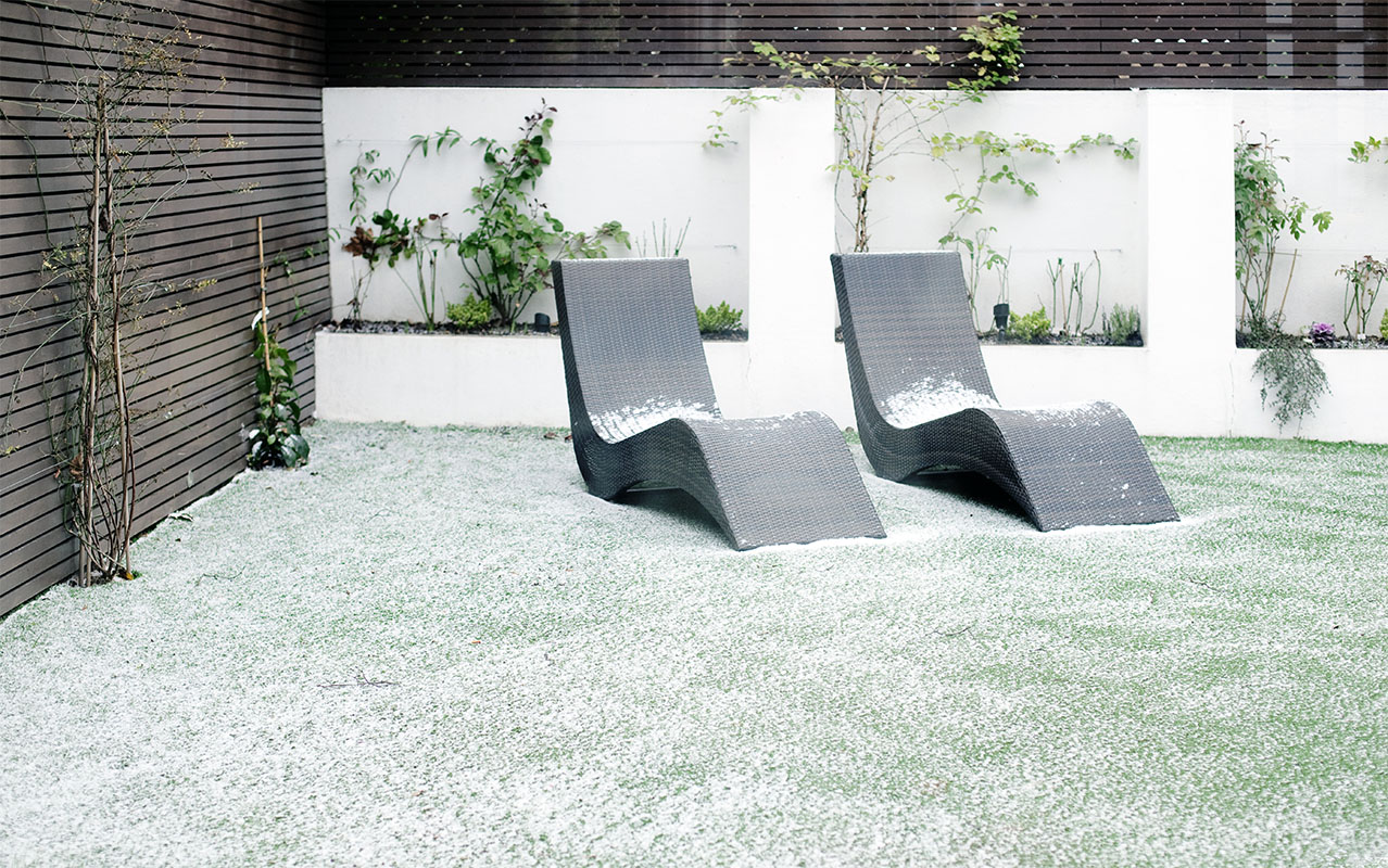 snow chairs exterior | aniphotography.com